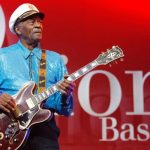 Fans say farewell to rock 'n' roll legend Chuck Berry